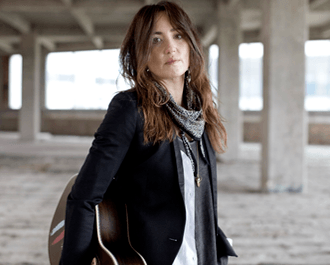 "Imagem: KT Tunstall lança clipe do novo single ""Invisible Empire"""