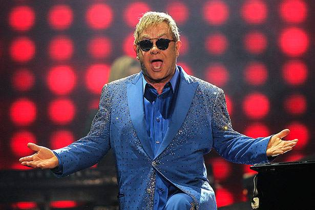 Imagem: Elton John participará de novo álbum do The Killers - elton john