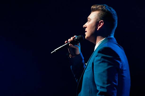 "Imagem: ""Drowning Shadows"" é a nova música de Sam Smith"