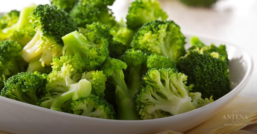 Placeholder - loading - Brócolis é um dos itens recomendados por especialistas do exterior. Crédito da imagem: iStock