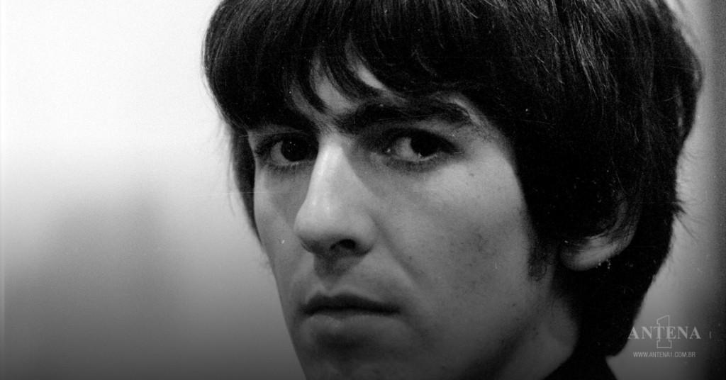 Placeholder - loading - George Harrison era, além de guitarrista, cantor/Divulgação