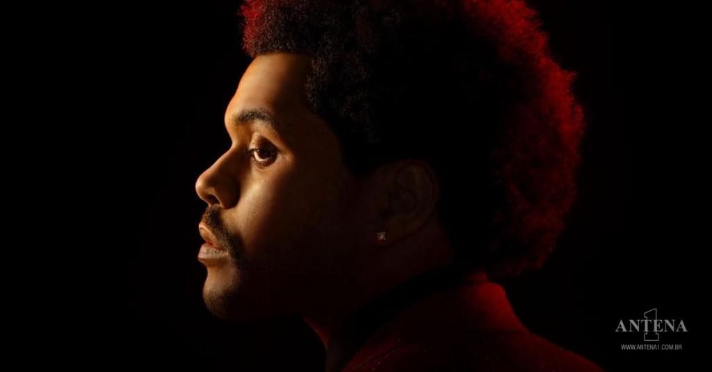 Placeholder - loading - The Weeknd em fundo preto