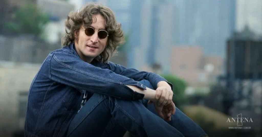 Placeholder - loading - John Lennon em cidade