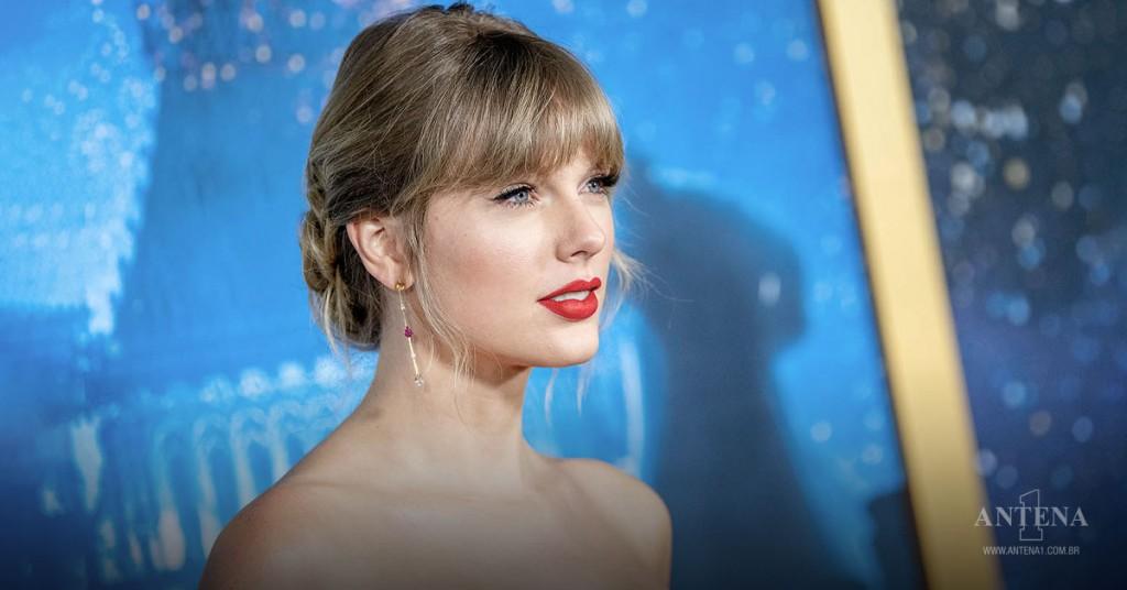 Placeholder - loading - Taylor Swift – cantora na pré-estreia especial do filme Cats no Lincon Center, localizado em Nova York, no dia 16 de dezembro de 2019 – Photoshoot/Divulgação