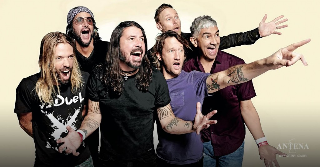 Placeholder - loading - Foo Fighters em fundo característico