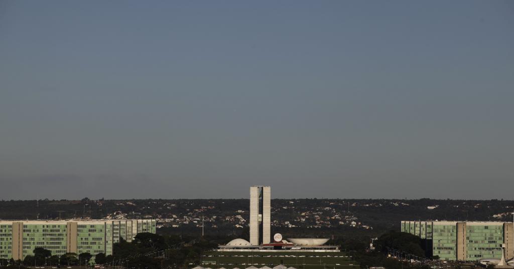 Placeholder - loading - Esplanada dos Ministérios e Congresso Nacional, em Brasília 07/04/2010 REUTERS/Ricardo Moraes