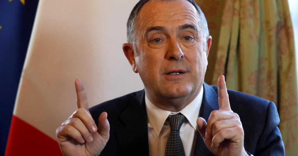 Placeholder - loading - Ministro francês da Agricultura, Didier Guillaume, em entrevista à Reuters. 14/02/2019. REUTERS/Charles Platiau