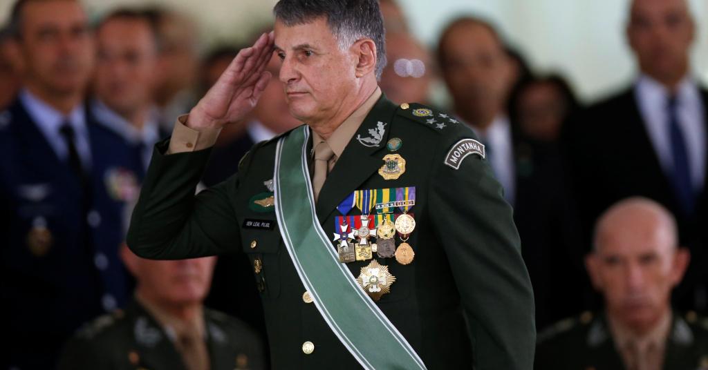 Placeholder - loading - Comandante do Exército, general Edson Leal Pujol, durante cerimônia em Brasília 11/01/2019 REUTERS/Adriano Machado