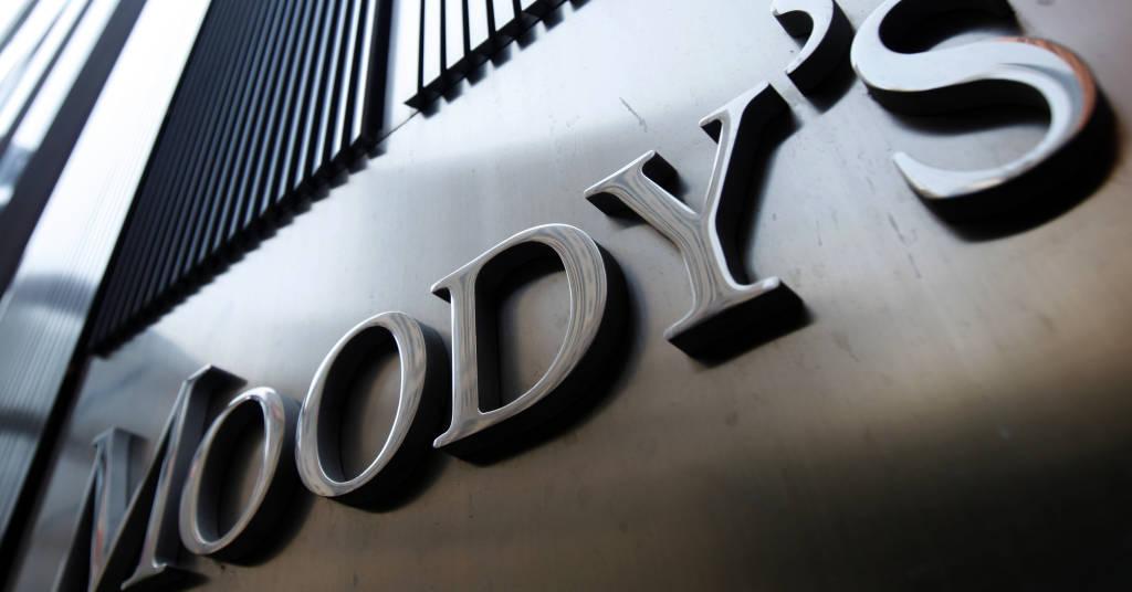 Placeholder - loading - Logo da Moody's na torre 7 do World Trade Center 02/08/2011 REUTERS / Mike Segar