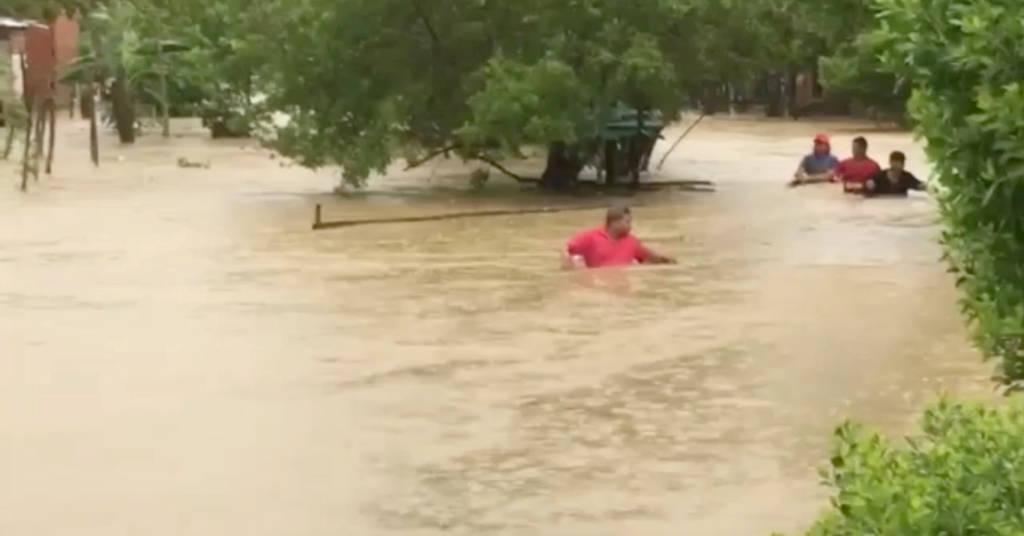Placeholder - loading - Enchente provocada pelo furacão Iota em Cartagena, na Colômbia 14/11/2020 LUIS GUILLERMO FERREBUS/via REUTERS