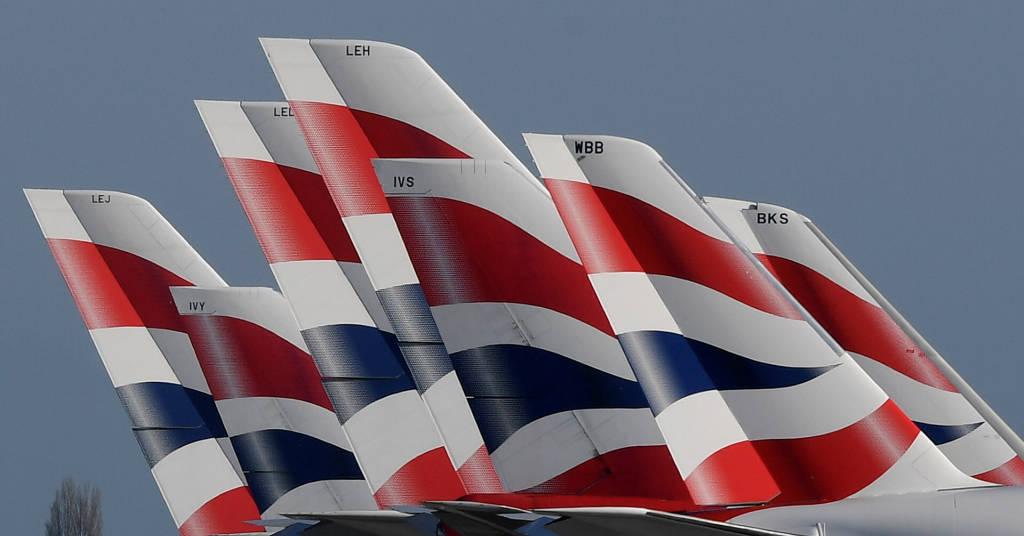 Placeholder - loading - Aviões da British Airways no aeroporto de Heathrow, em Londres 31/03/2020 REUTERS/Toby Melville