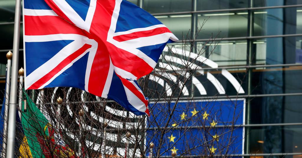 Placeholder - loading - Bandeira do Reino Unido tremula em frente ao Parlamento Europeu em Bruxelas, Bélgica, 30 de janeiro de 2020. REUTERS/Francois Lenoir