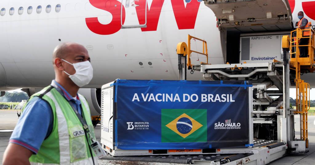Placeholder - loading - Chegada de doses da CoronaVac no aeroporto internacional de Guarulhos 30/12/2020 REUTERS/Amanda Perobelli
