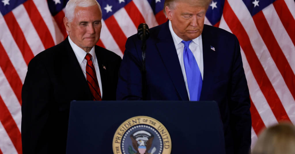 Placeholder - loading - Presidente dos EUA, Donald Trump, e seu vice, Mike Pence 04/11/2020 REUTERS/Carlos Barria