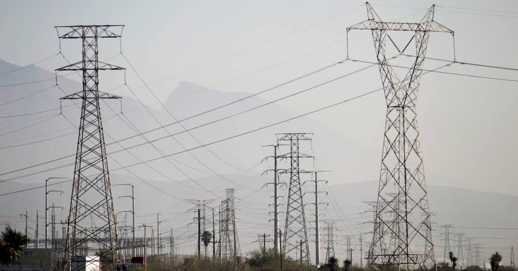 Placeholder - loading - Torres de transmissão de energia REUTERS/Daniel Becerril