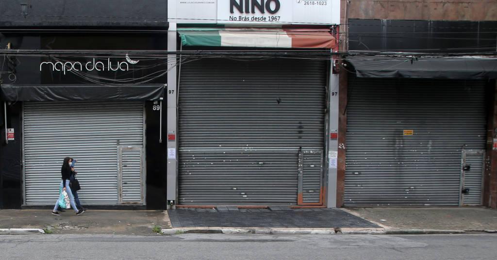 Placeholder - loading - Comércios fechados após novas restrições decretadas pelo governo do Estado de São Paulo 06/03/2021 REUTERS/Carla Carniel