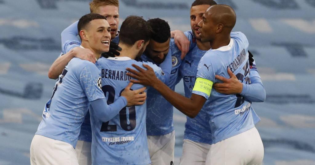 Placeholder - loading - Jogadores do City comemoram gol contra o PSG  4/5/2021   REUTERS/Phil Noble