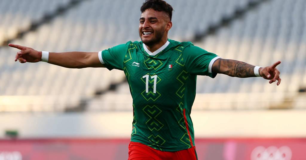 Placeholder - loading - Alexis Vega comemora gol marcado na vitória do México sobre a França no torneio de futebol masculino da Olimpíada de Tóquio 22/07/2021 REUTERS/Edgar Su