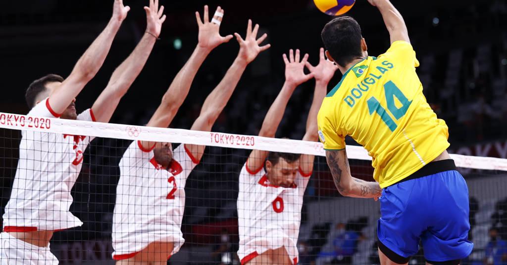 Placeholder - loading - Douglas supera bloqueio da Tunísia em vitória do Brasil na estreia em Tóquio 24/07/2021 REUTERS/Carlos Garcia Rawlins