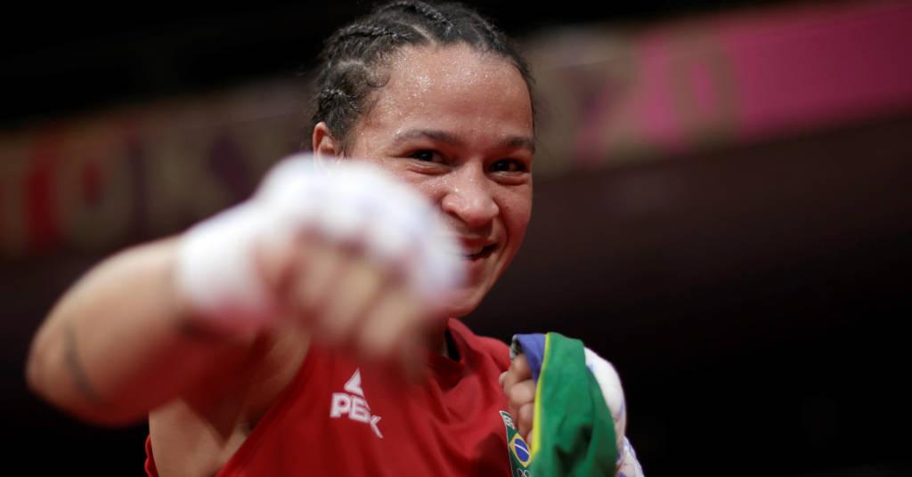 Placeholder - loading - Beatriz Ferreira comemora vitória na semifina do torneio feminino de boxe da Tóquio 2020 05/08/2021 REUTERS/Ueslei Marcelino