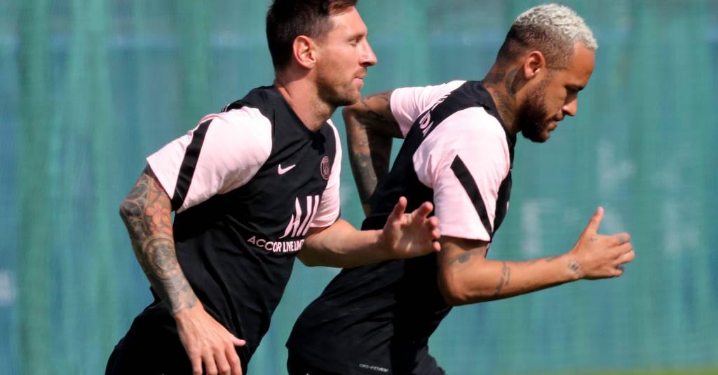 Placeholder - loading - Messi e Neymar durante treino do PSG 13/08/2021 REUTERS/Pascal Rossignol