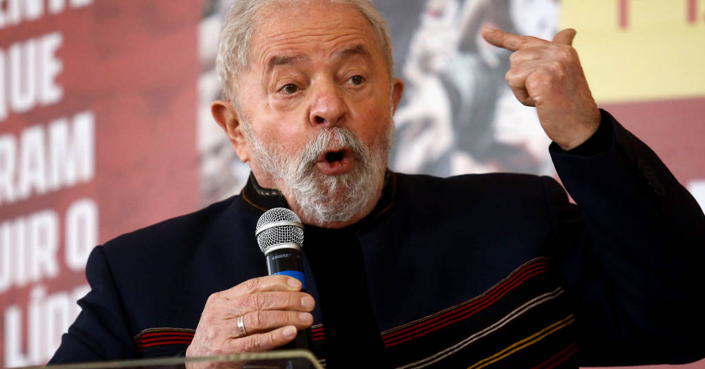 Placeholder - loading - Ex-presidente Luiz Inácio Lula da Silva discursa em evento em São Paulo 12/08/2021 REUTERS/Carla Carniel