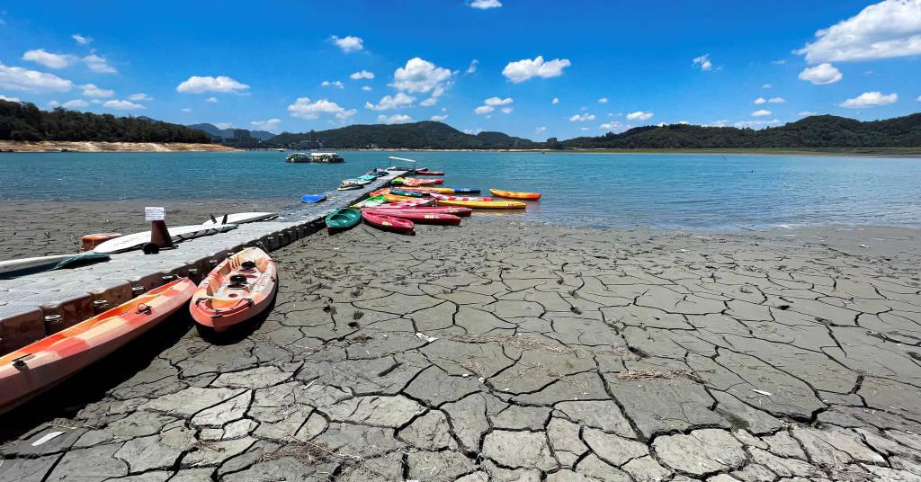 Placeholder - loading - Lago Sun Moon  com nível baixo de água em Nantou, Taiwann May 15, 2021. REUTERS/Annabelle Chih/File Photo