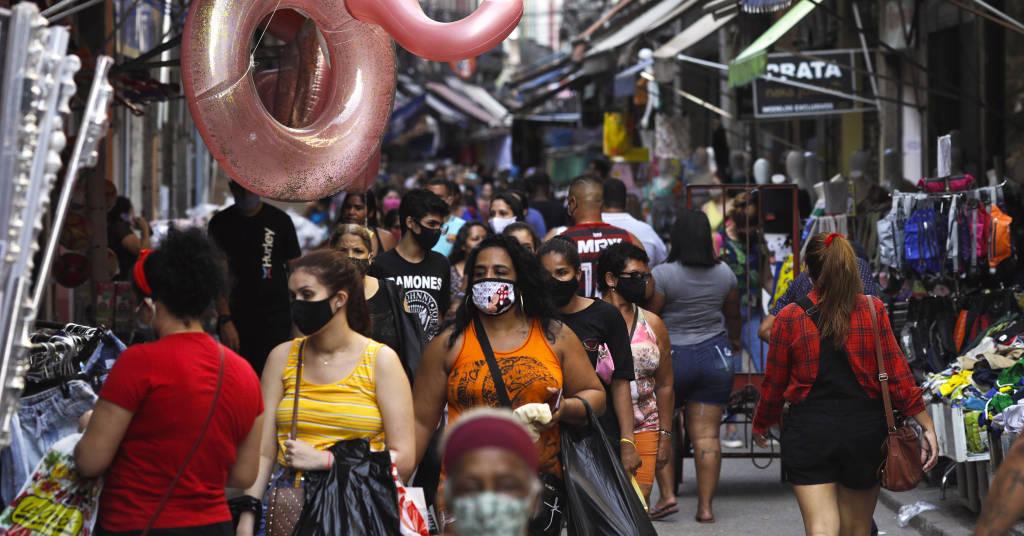 Placeholder - loading - Consumidores fazem compras em rua comercial do Rio de Janeiro 16/09/2020 REUTERS/Ricardo Moraes
