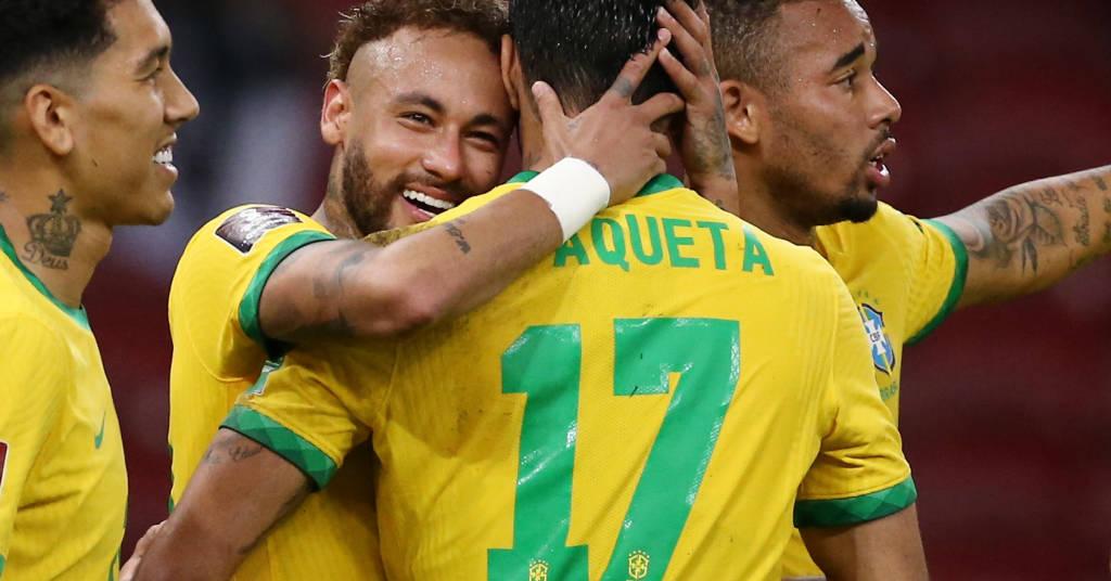 Placeholder - loading - Jogadores do Brasil comemoram gol contra o Equador  4/6/021   REUTERS/Diego Vara