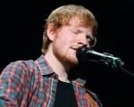 Ed Sheeran fará abertura de show dos Rolling Stones Background