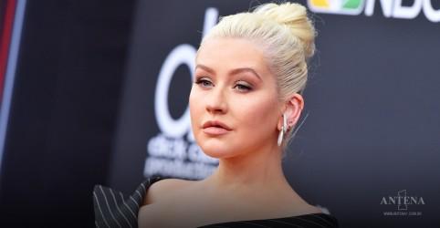 """Placeholder - loading - Imagem da notícia Christina Aguilera lança música para trilha sonora de """"Mulan"""""""