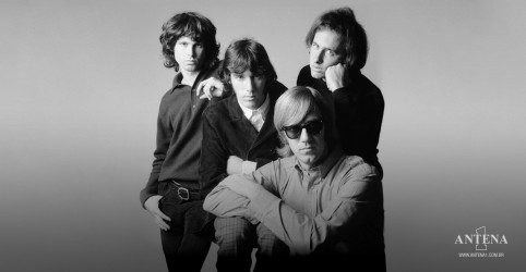 Placeholder - loading - Imagem da notícia Veja o hit Riders on the Storm de The Doors
