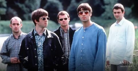 Placeholder - loading - Imagem da notícia Oasis: Liam e Noel Gallagher anunciam documentário sobre concerto histórico