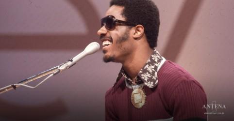 Placeholder - loading - Imagem da notícia Hoje é aniversário de Stevie Wonder