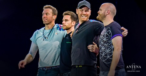 Placeholder - loading - Veja o hit Yellow de Coldplay na Amsterdam Sessions