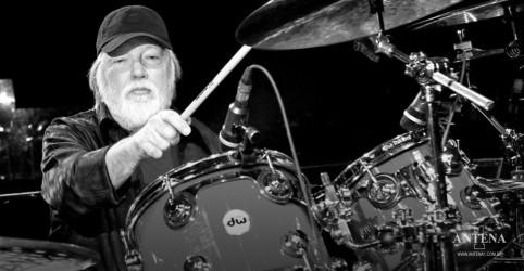 Placeholder - loading - Ronnie Tutt, baterista de Elvis Presley, morre aos 83 anos