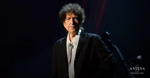 Placeholder - loading - Imagem da notícia Bob Dylan: Saiba mais sobre recente polêmica que envolve o músico