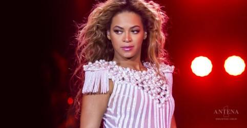 Beyoncé publica foto com os filhos gêmeos; confira