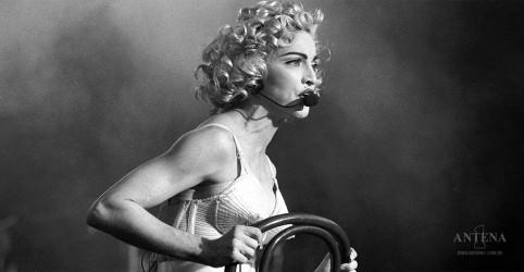 Placeholder - loading - Imagem da notícia Confira imagens da estreia de Madonna nos palcos