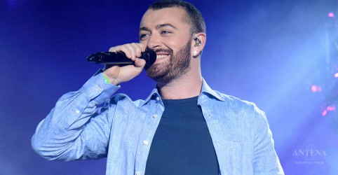 "Placeholder - loading - Confira clipe de ""Too Good at Goodbyes"", de Sam Smith"