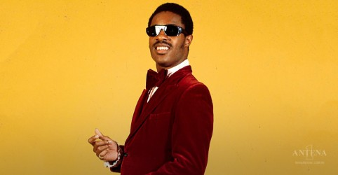 Placeholder - loading - Imagem da notícia Stevie Wonder é o Artista da Semana