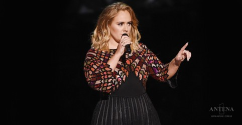 Placeholder - loading - Adele pode se tornar estrela de cinema