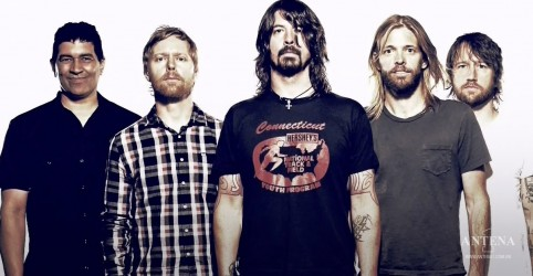 "Placeholder - loading - Ouça ""The Line"", inédita do Foo Fighters"