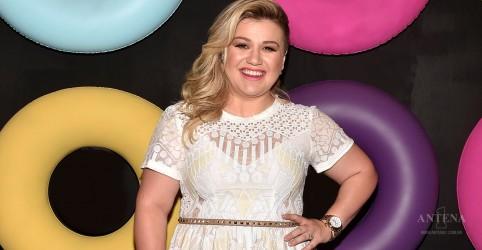 Kelly Clarkson publica prévia de single inédito; confira