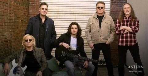"""Placeholder - loading - Imagem da notícia Assista The Eagles em Hotel California no primeiro show """"pós""""- pandemia"""