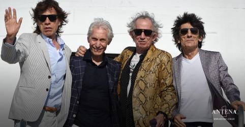 Placeholder - loading - Imagem da notícia Rolling Stones fazem homenagem para o baterista Charlie Watts