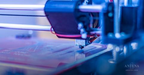 Nova impressora 3D produz peças grandes em tempo recorde
