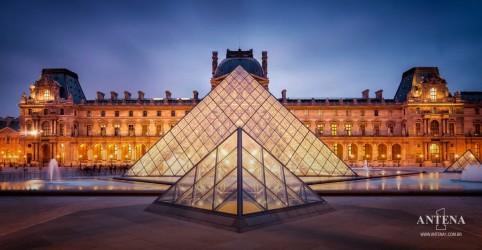 Placeholder - loading - Turismo virtual: visite museus famosos sem sair de casa