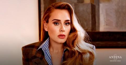Placeholder - loading - Imagem da notícia Adele, em acontecimento inédito, é capa da Vogue americana e britânica
