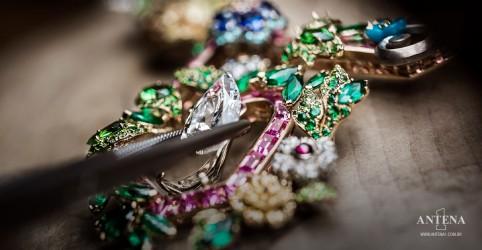 Placeholder - loading - Imagem da notícia Dior à Versailles: a coleção inspirada no Palácio de Versailles